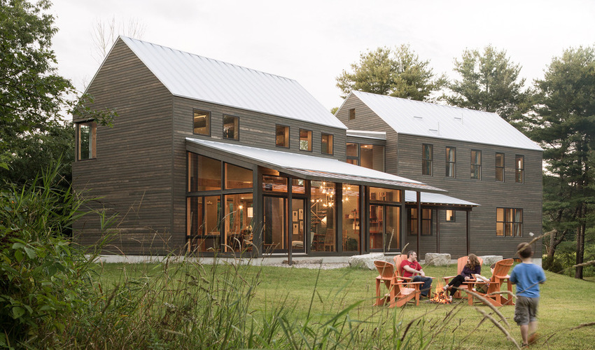 A family transforms an old barn into an affordable for Affordable barn homes