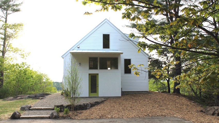 Modern remodel maine homes for Maine home builders