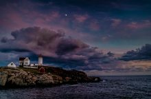 Nubble Moon