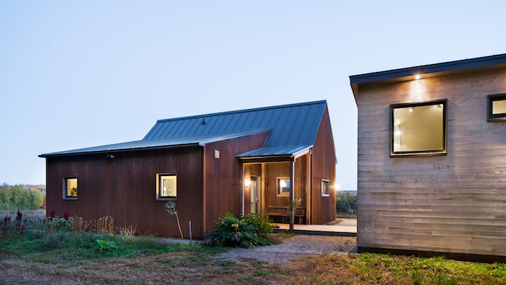 Green building passive house pioneer maine homes by for Building a house in maine