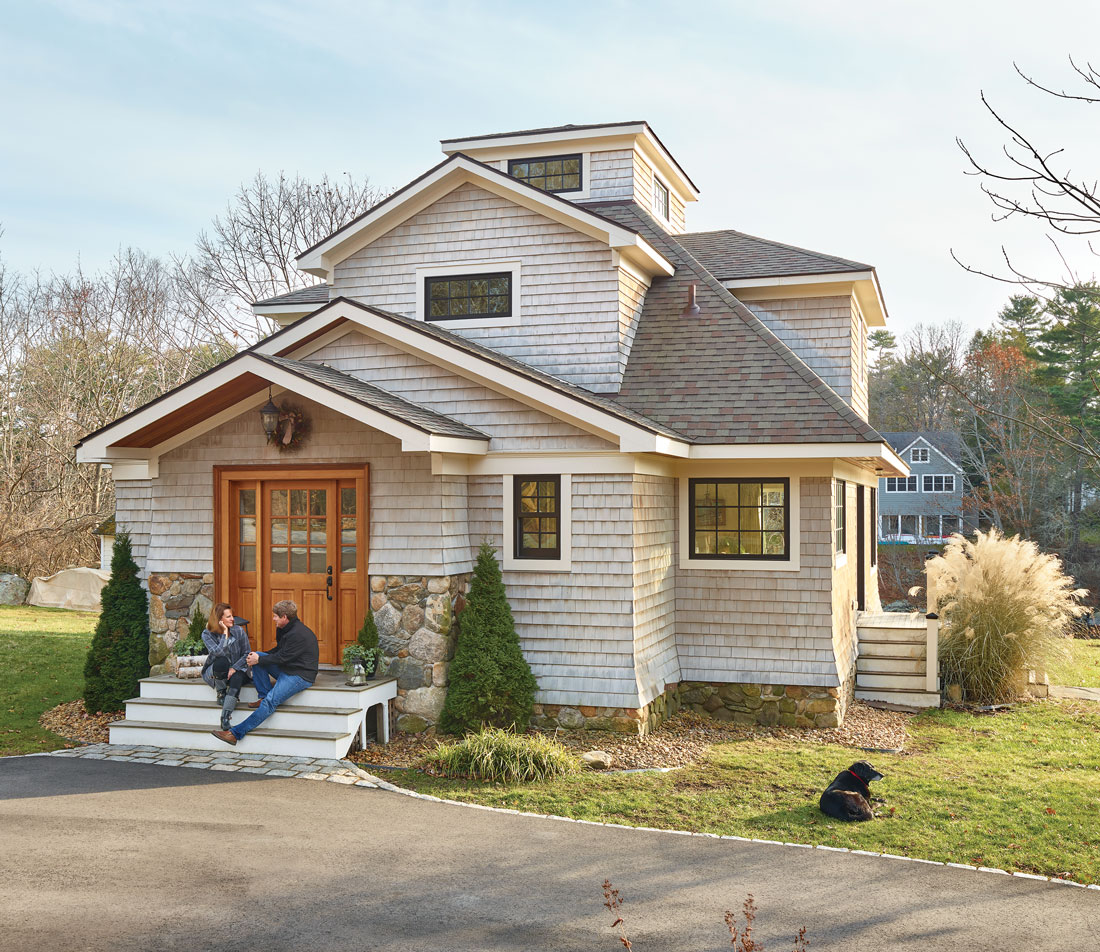 900-square-foot home on Kittery Point