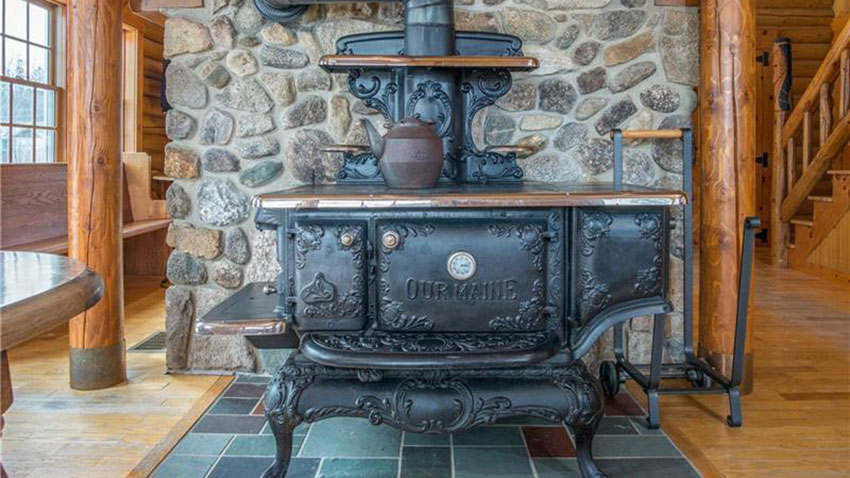 Maine cast iron stove
