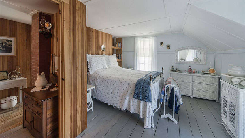Casco Bay cottage bedroom