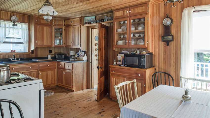 Casco Bay cottage kitchen and dining room