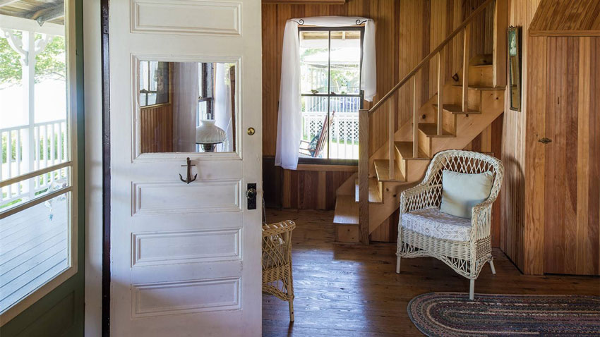Casco Bay cottage front entry