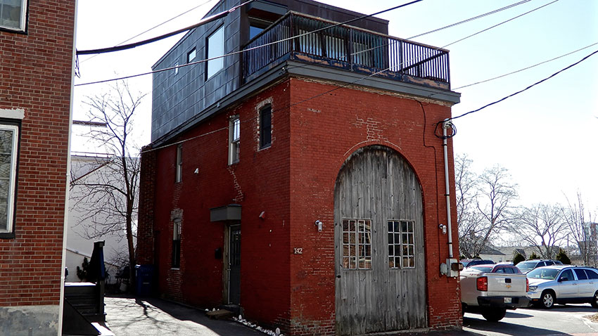 Pearl Street Carriage House in Portland, Maine