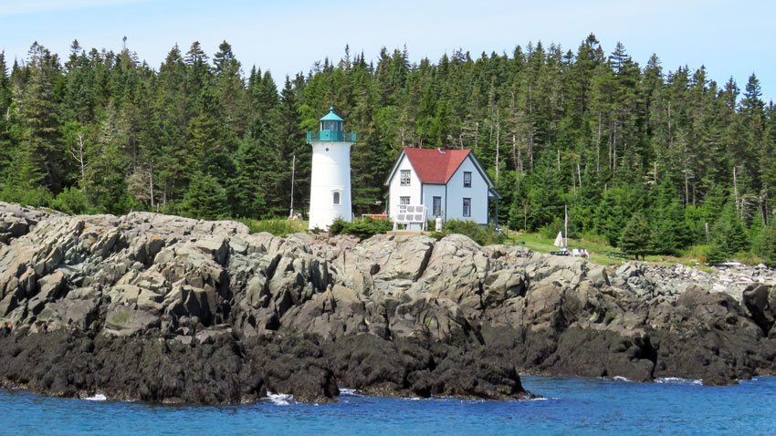 places to stay in Maine