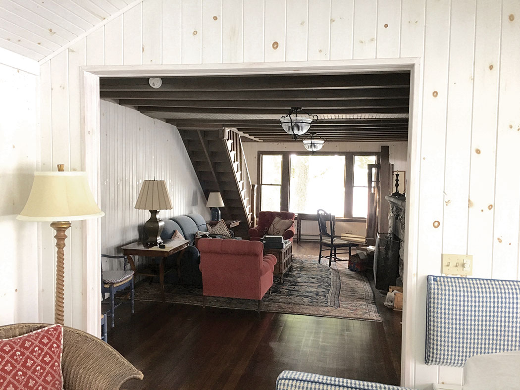 1900s Naples Maine cottage before