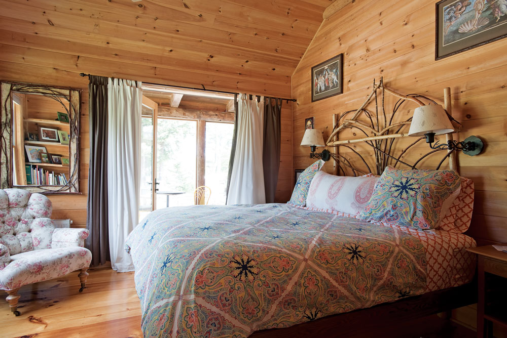 ``Adirondack Room``in Searsmont Maine home