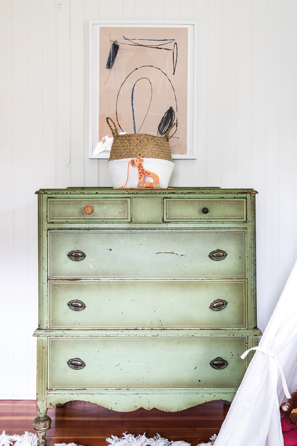 an early-20th-century dresser