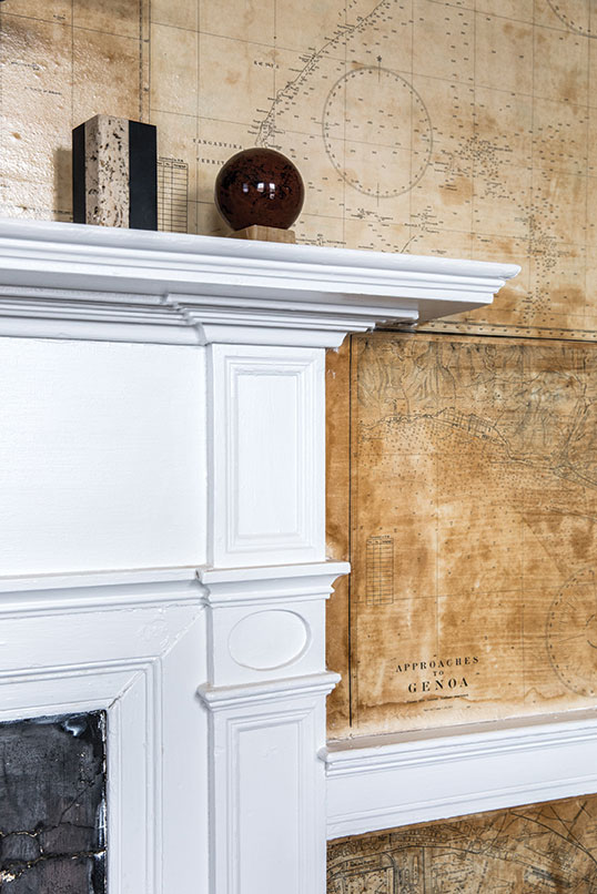 Federal-style mantel