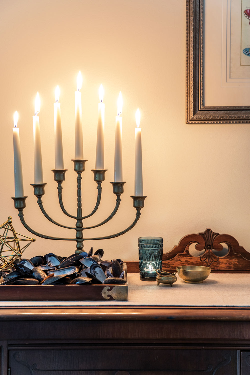 holiday décor ideas, vintage brass menorah and mussel shells