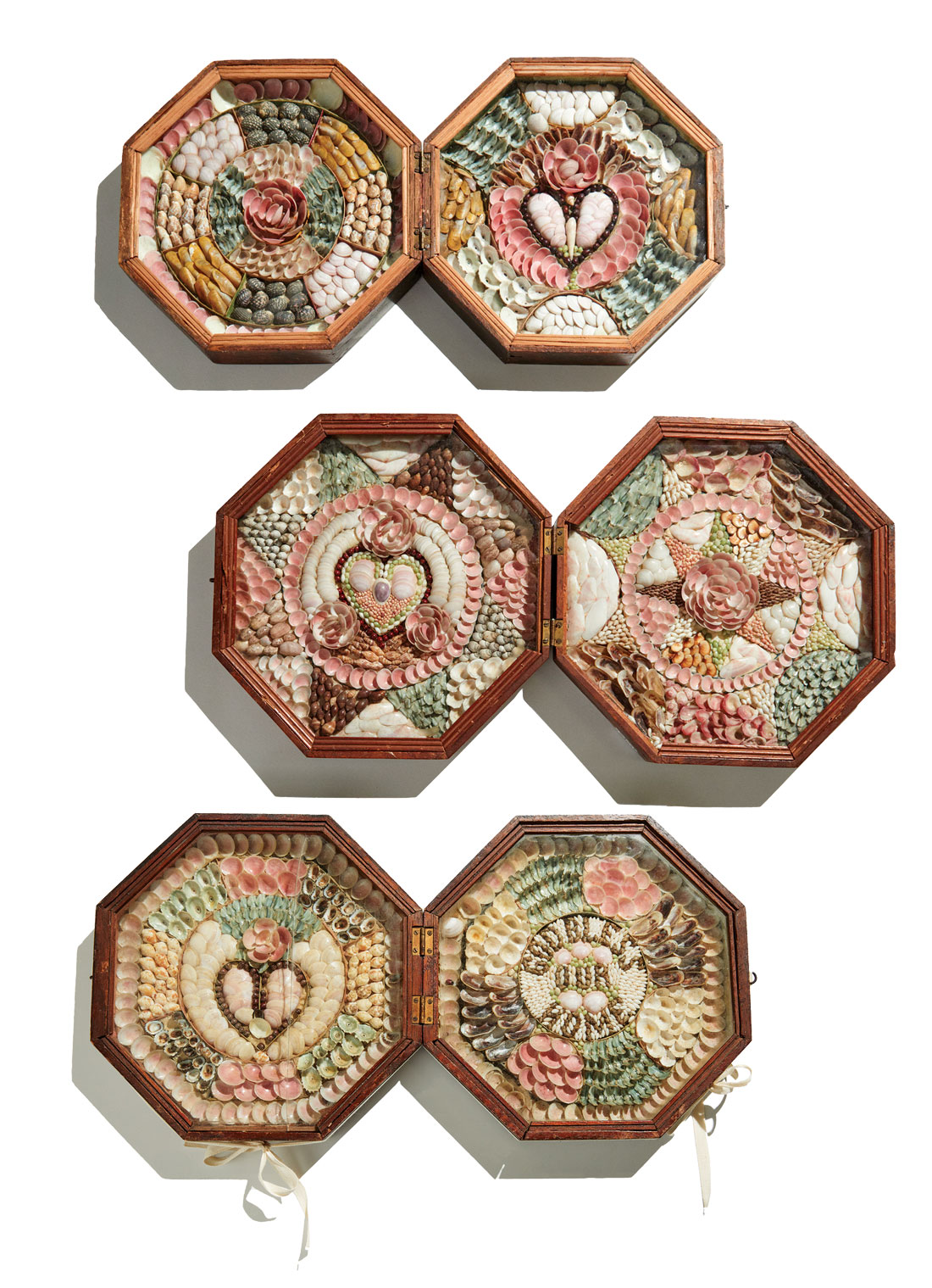 sailors' valentines from Maine Maritime Museum's collection