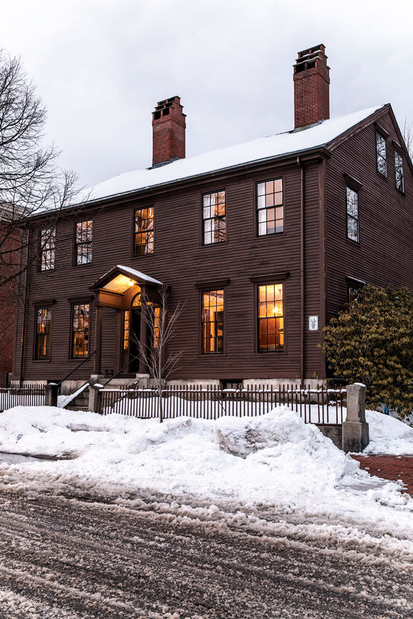 1800 Federal Home in Portland Maine
