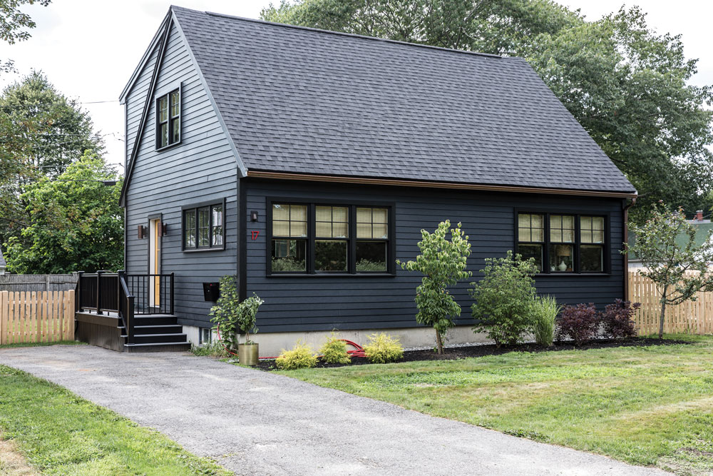 New Mathews Brothers windows and LP SmartSide engineered-wood siding in Abyss Black