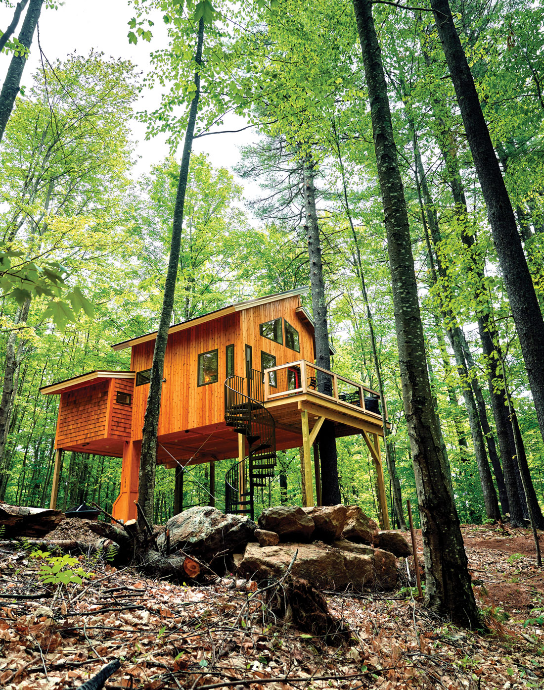 Purposely Lost treehouse in Springvale Maine